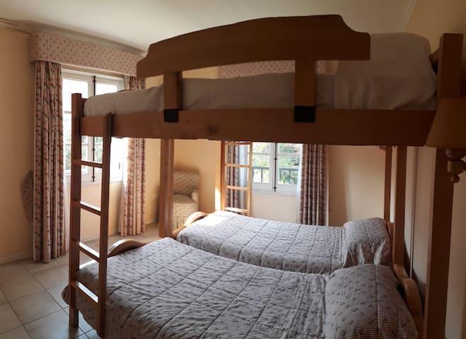 dormitorio 3 con 2 camarotes