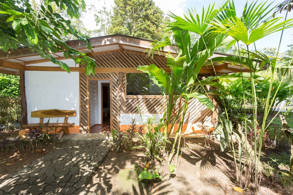 Passion fruit lodge casa papaya case in affitto a for Case affitto costa rica