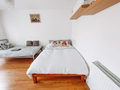 Huge room in peaceful modern home