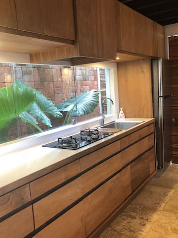 Kitchen/Stove