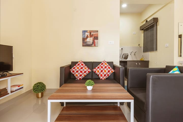 B: [LONG-STAY] 1.5BHK with WiFi for Work From Home