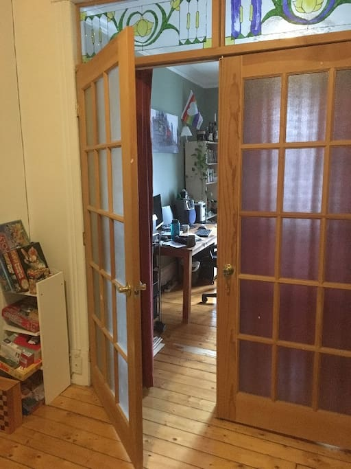 Porte Française de la chambre vers le salon