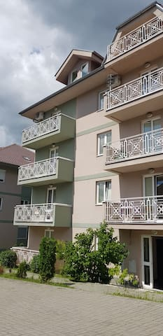 New Apartment Close to Spa and Love Fest