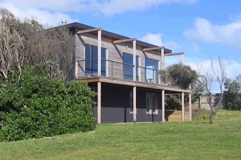 Surf View Beach House, Port Campbell