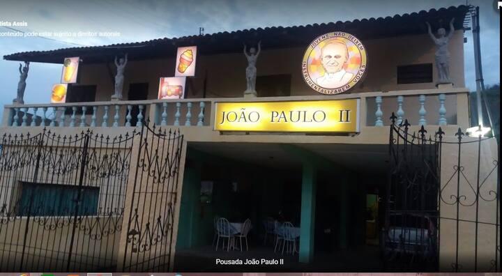 Pousada João Paulo II, no pé da serra de Baturité