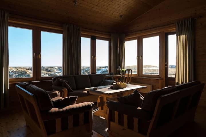 Seglbúðir - Exclusive Villa by the River Bank