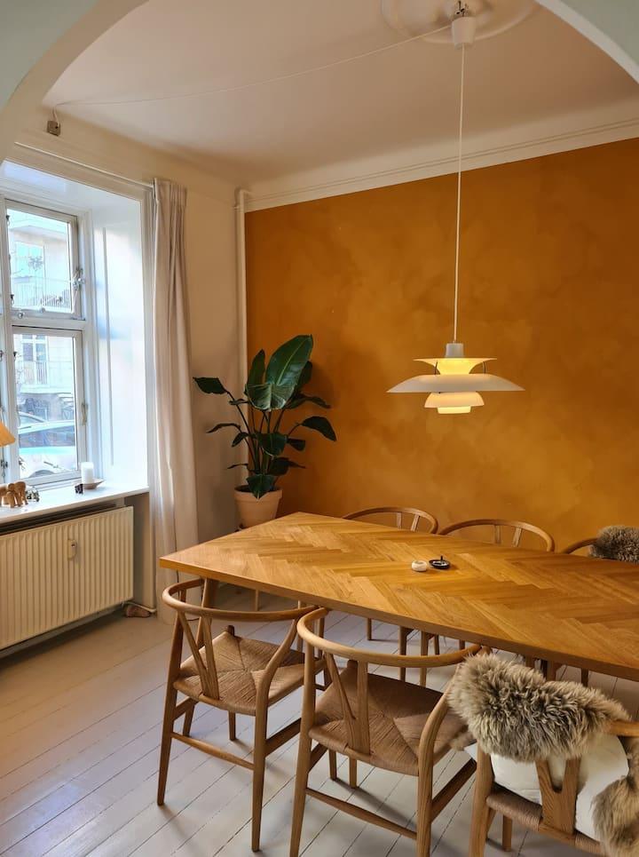 Hjemlig og lækker lejlighed midt på Nørrebro