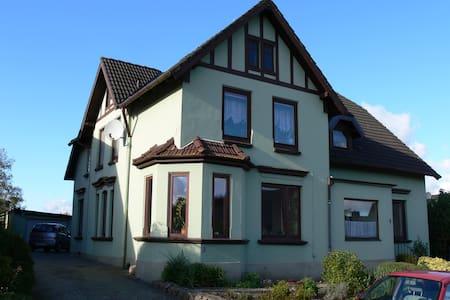 BelBen-Villa, eigenständige, große Wohnung, 109m²