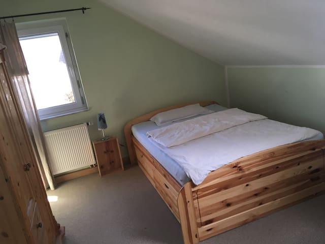 Zimmer mit separatem Eingang