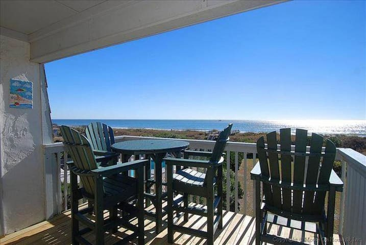 """NEW LISTING! """"LOVE D VIEW""""- Ocean front condo- fantastic view!"""