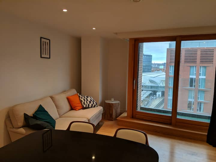 City centre apartment, 2min from Train Station
