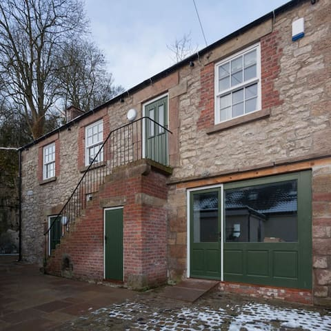 Cobbles - Modern First Floor Apartment, Bonsall