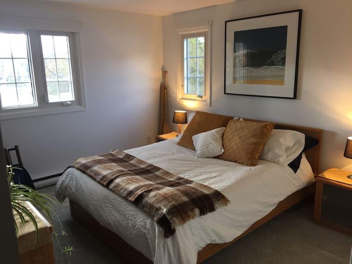 Lakeview Bedroom 2 @ Sunfish Lake Retreat