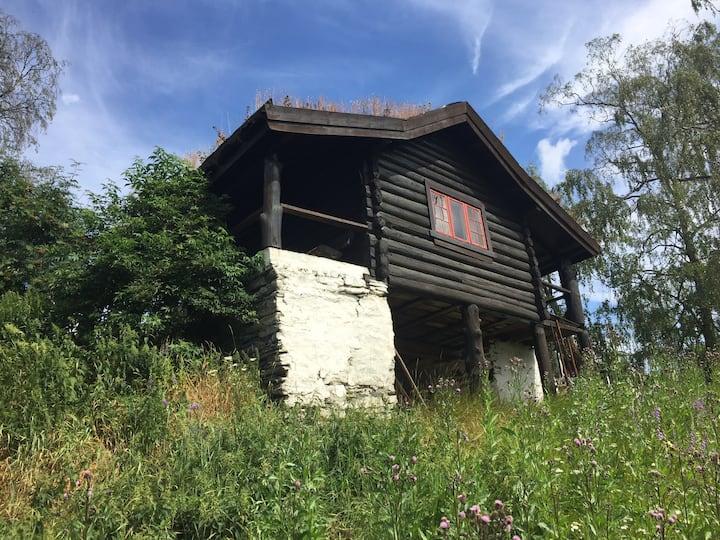 Raustuggu - sjarmerende hytte på Heggerud Gard