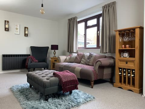 Entire House - 1 bedroom