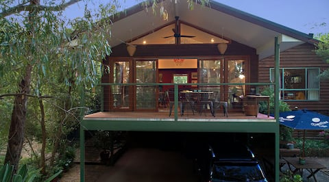 Marilyn's Treetops on the Murray