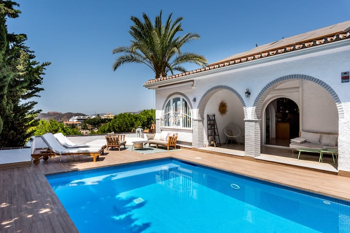 Luxurious Villa with Pool, Terraces, Stunning Sea Views, Wi-Fi; Street Parking Available