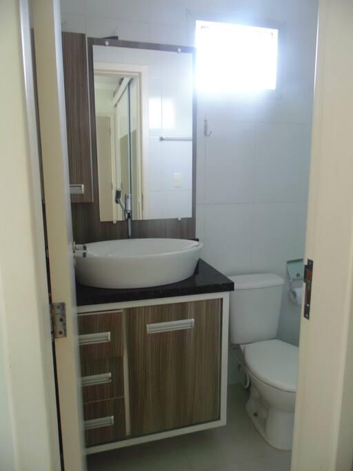 Banheiro Suíte - Vista 1