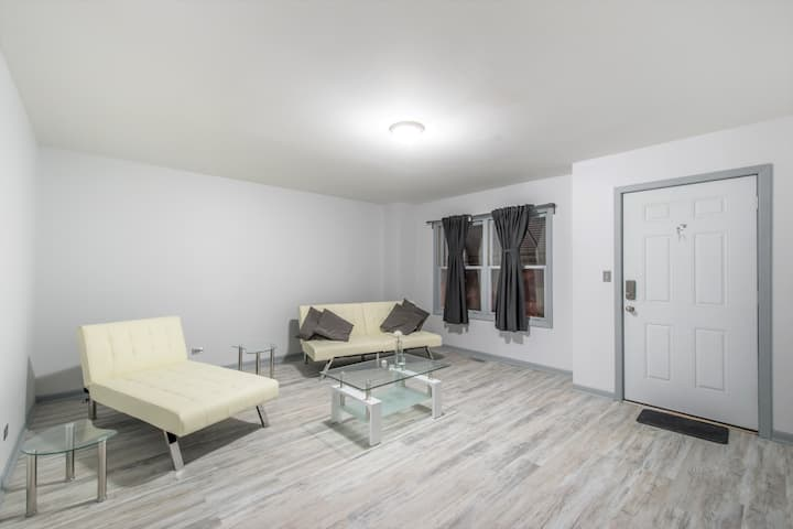 great apartment near montrose