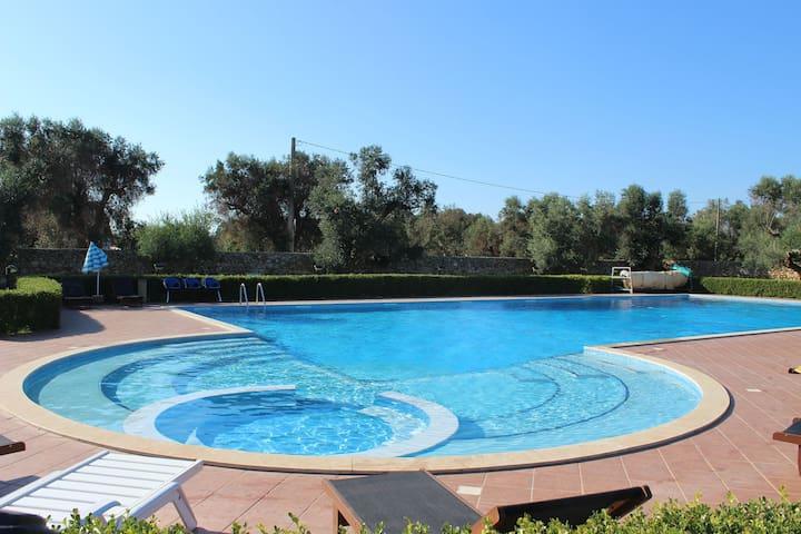 piscina + idromassaggio