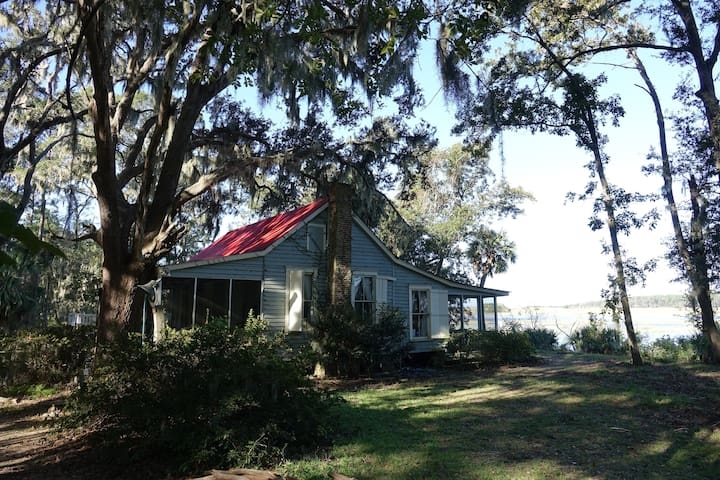 Hinson White / Lesesne House