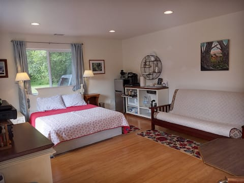 The Ocean Room Ferndale,  private, quiet, tax incl