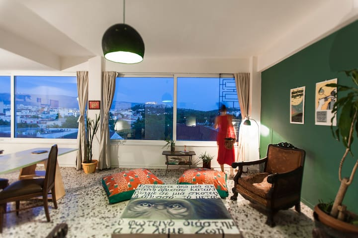 Art Loft with astonishing view of Athens-Acropolis