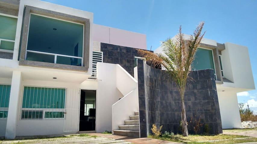 Hermoso depa inmejorable ubicacion - Juriquilla - Pis