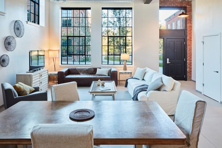 Modern Loft in Historic Mill - Williamstown - Apartment