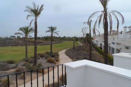 Modern Townhouse with Golf Course Views - Torre-Pacheco - 连栋住宅