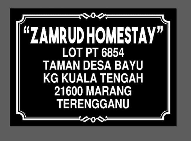 Zamrud Homestay Budget