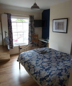 Private Ensuite Double Bedroom. Blue - Wantage - Lain-lain