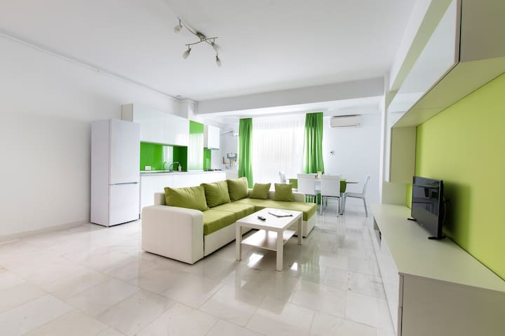 New Apartament near beach and night clubs