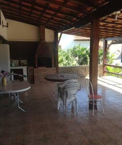 Quarto em casa de família - Rio das Ostras