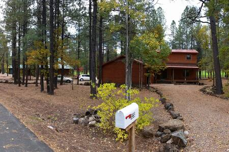PINETOP COUNTRY CLUB RETREAT - Hus