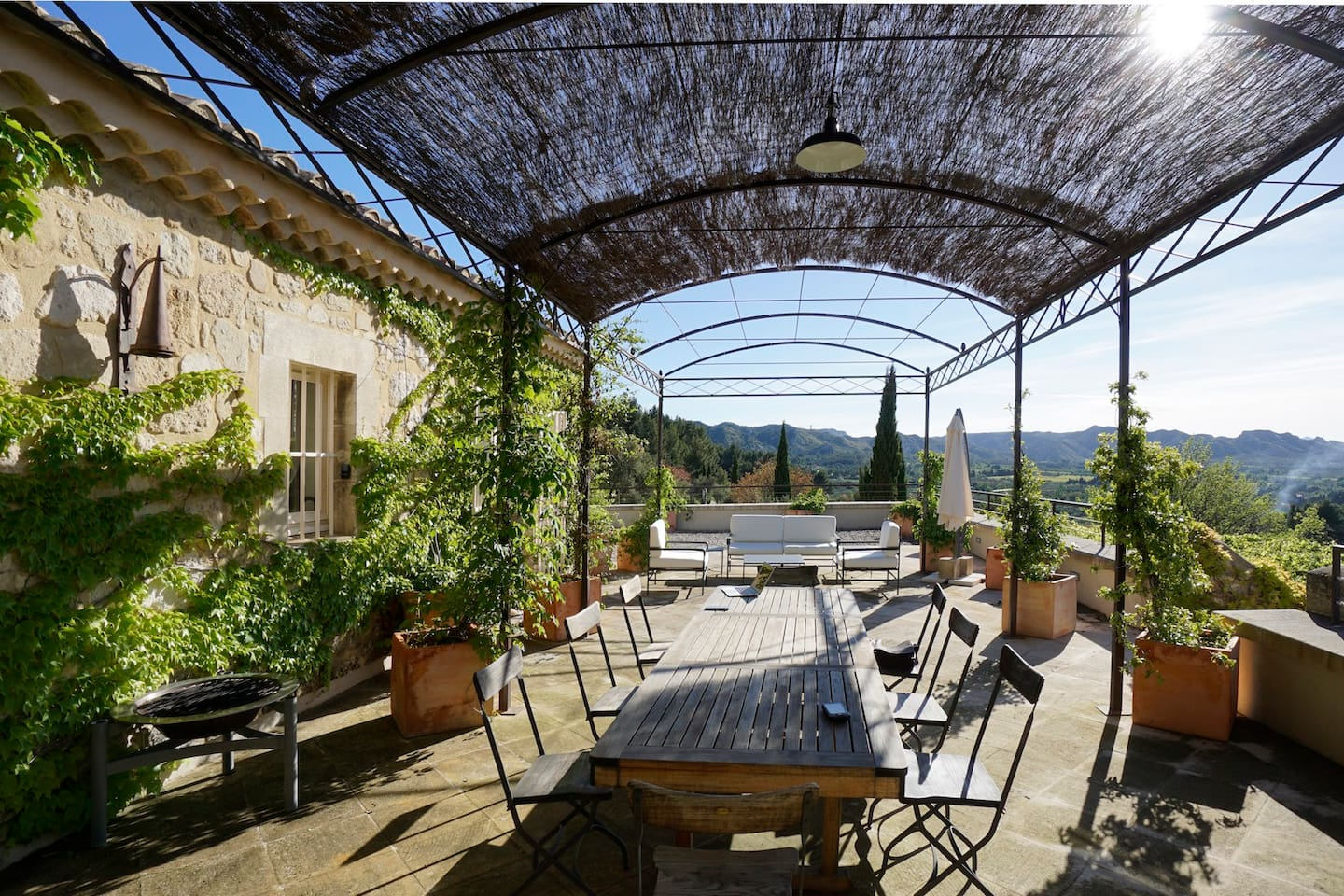 Outdoor Living in an Incredible Provence Setting