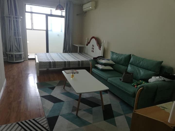 百合单身公寓