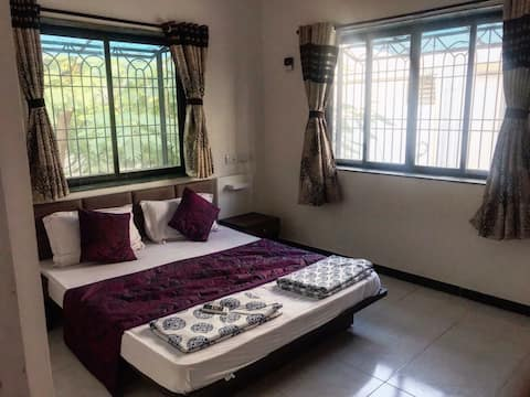 Villas Holiday Home Service(1bhk)