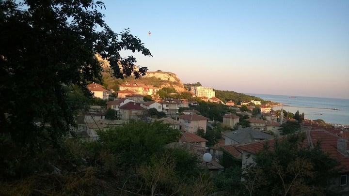 Balchik Private Room House Dionis with a Sea View