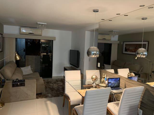 Excelente Apartamento 2 qtos próximo à Av. Pelinca