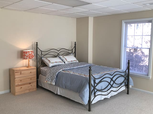 Cozy suite in Alpharetta with all the amenities!