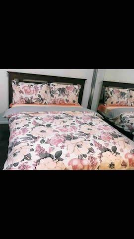 CozyPrivate Bedroom/Bathroom/Two Beds/CBD/RPA/WiFi