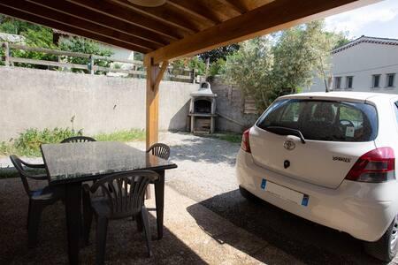 Maisonette avec terrasse - 4 pers. - sud Ardèche