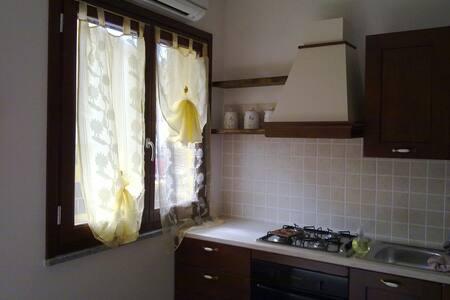Sardegna 3/11 settembre€350 x4 pers - Apartment