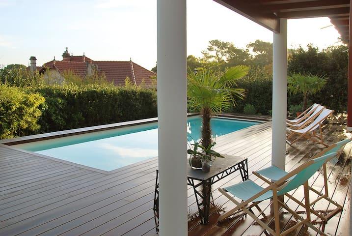Logement avec piscine + vue sur bassin d'Arcachon