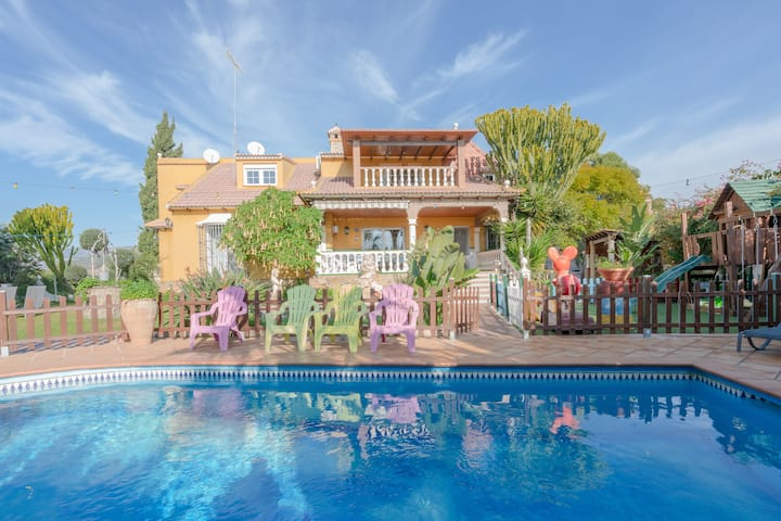 "Stunning Holiday Home ""Villa Felicity"" with Mountain View, Sea View, Wi-Fi, Pool, Balcony, Garden & Terraces; Parking Available, Pets Allowed"