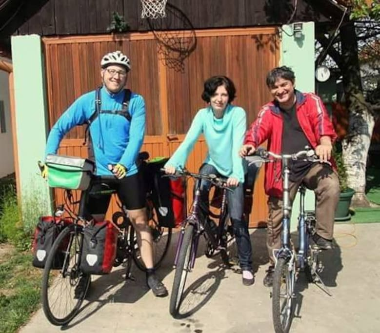 Together with Chris,our guest from London-UK (coming by bike from Istanbul!)