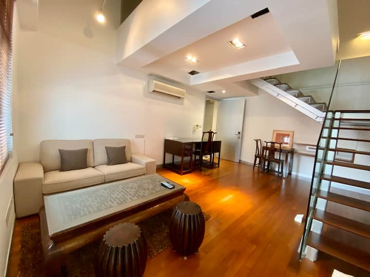 Cozy Loft Apartment Opposite Chinatown MRT