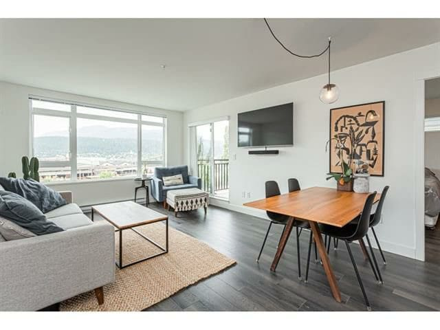 Port Moody Condo walking distance to Rocky Point
