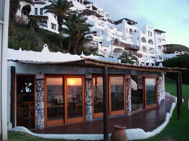 CASAPUEBLO Club Apart Hotel - PUNTA DEL ESTE